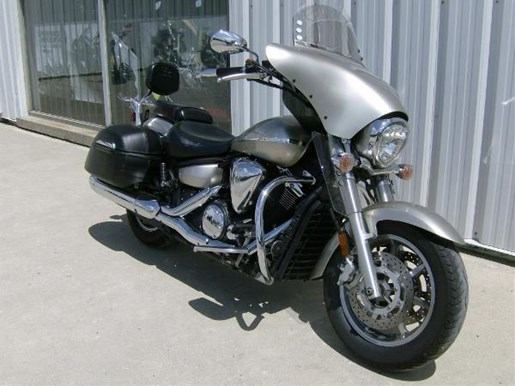 2008 Yamaha V-Star 1300 Tourer Photo 2 sur 4