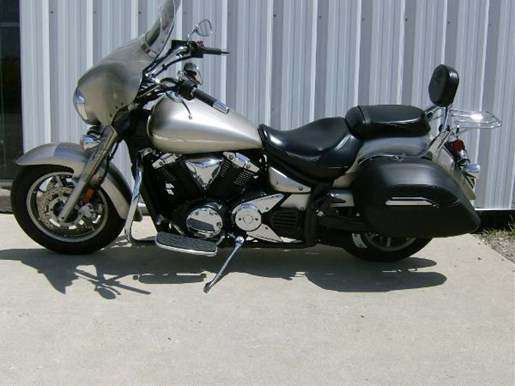 2008 Yamaha V-Star 1300 Tourer Photo 4 sur 4