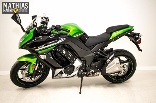 2016 Kawasaki NINJA 1000 ABS Photo 4 of 21