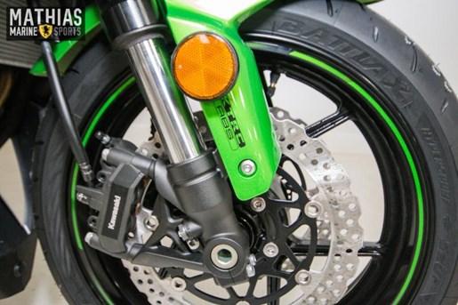 2016 Kawasaki NINJA 1000 ABS Photo 11 of 21