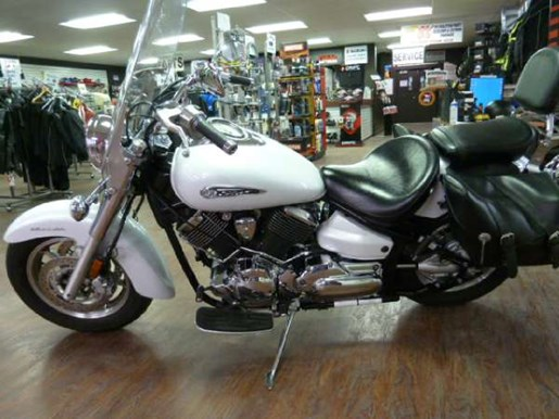 2008 Yamaha V-Star 1100 Classic Photo 2 of 5