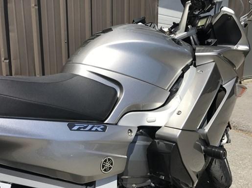 2010 Yamaha FJR 1300A Photo 4 of 5
