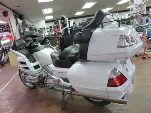 2008 Honda GL1800AD Gold Wing Photo 5 of 14