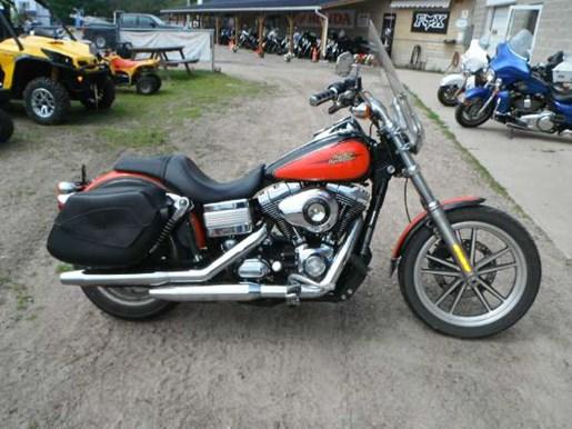 2009 Harley-Davidson Dyna Low Rider Photo 2 of 3