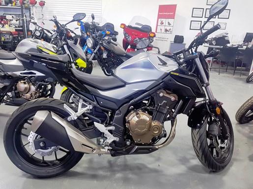 2017 Honda CB500F Photo 1 of 3