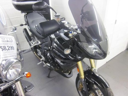 2008 Triumph Tiger ABS Photo 2 of 5