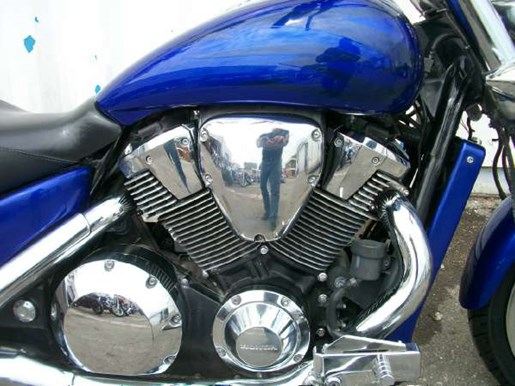 2006 Honda VTX1800C Performance Cruiser (VTX1800C) Photo 3 of 7