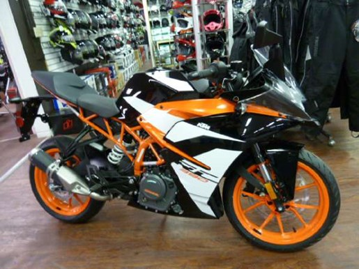 2017 KTM RC 390 Photo 1 of 6