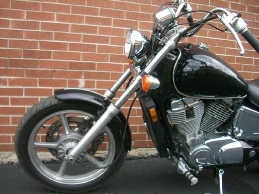 2007 Honda Shadow Spirit (VT1100C) Photo 16 of 25