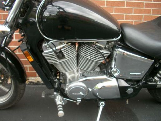 2007 Honda Shadow Spirit (VT1100C) Photo 17 of 25