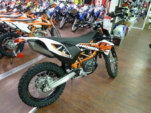ktm 690 enduro r 2017 new motorcycle for sale in fenwick ontario. Black Bedroom Furniture Sets. Home Design Ideas