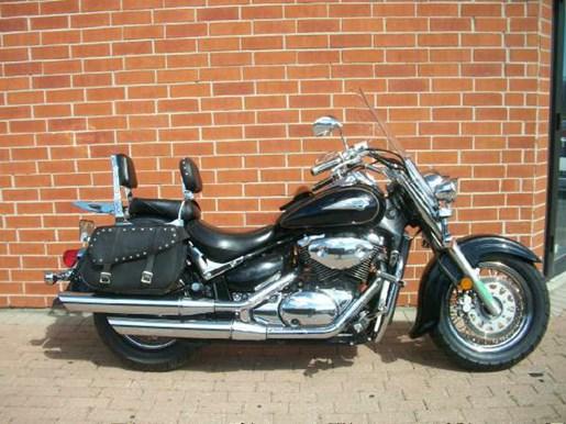 2003 Suzuki Intruder Volusia Photo 1 of 24