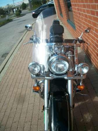 2003 Suzuki Intruder Volusia Photo 11 of 24