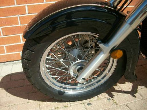 2003 Suzuki Intruder Volusia Photo 14 of 24
