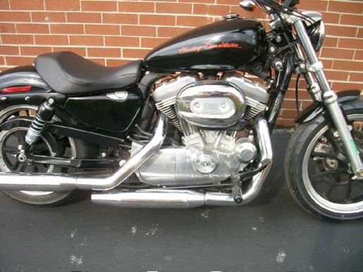 2011 Harley-Davidson Sportster 883 SuperLow Photo 2 of 33