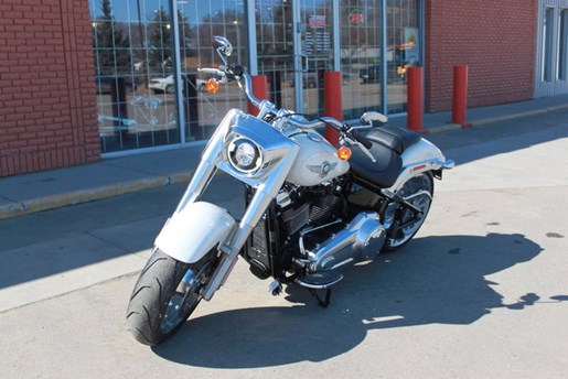 2018 Harley-Davidson FLFBS - Softail® Fat Boy® 114 Photo 3 of 6