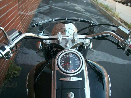 2005 Suzuki Boulevard C90 Photo 23 of 41