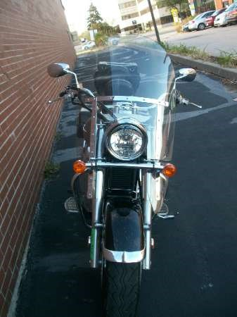 2005 Suzuki Boulevard C90 Photo 25 of 41