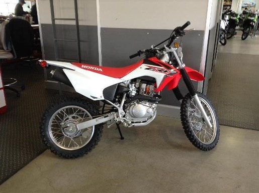 2016 Honda CRF150F Photo 2 of 3
