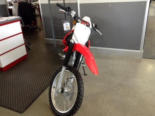 2016 Honda CRF150F Photo 3 of 3