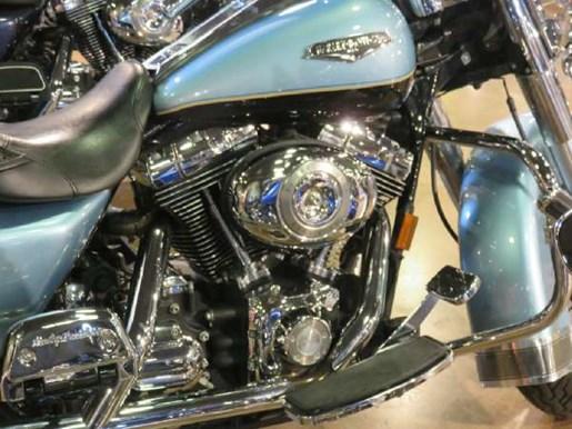 2007 Harley-Davidson Road King Classic Photo 2 of 10