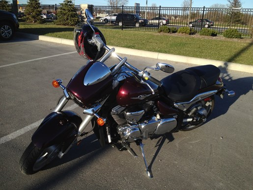 2010 Suzuki Boulevard M90 Photo 4 of 6
