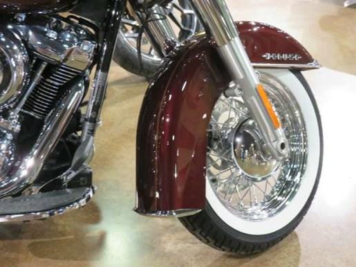 2018 Harley-Davidson Deluxe Photo 4 of 8