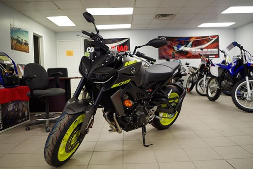 2018 Yamaha MT-09 Photo 18 of 21