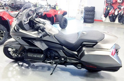 2018 Honda Gold Wing ABS Photo 2 of 9
