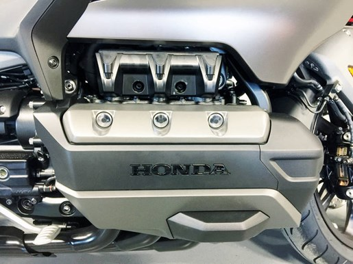 2018 Honda Gold Wing ABS Photo 8 of 9