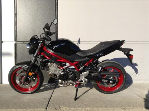 suzuki sv650 abs red 2018 new motorcycle for sale in. Black Bedroom Furniture Sets. Home Design Ideas