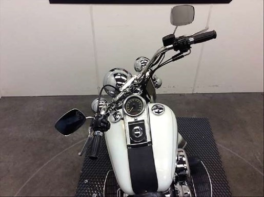 2001 Harley-Davidson FLSTC/FLSTCI Heritage Softail Classic Photo 9 of 24