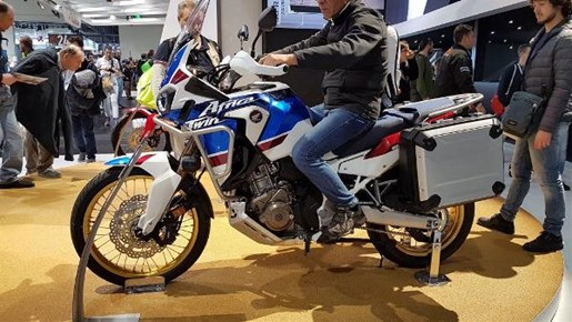2018 Honda Africa Twin Adventure Sports DCT Photo 6 of 6