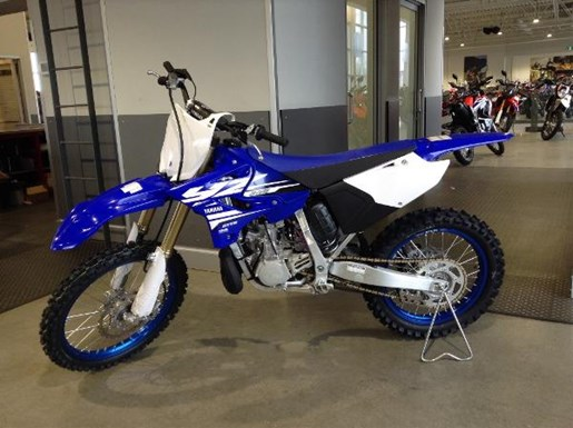 yamaha yz250 2 stroke 2018 new motorcycle for sale in langley serving greater vancouver. Black Bedroom Furniture Sets. Home Design Ideas