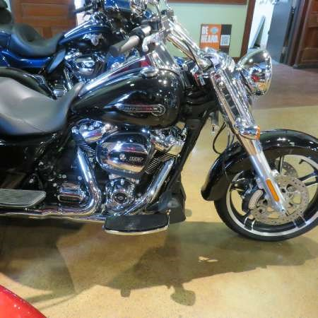 2018 Harley-Davidson Road King Special Photo 2 of 9