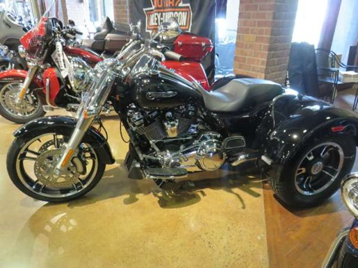 2018 Harley-Davidson Road King Special Photo 4 of 9