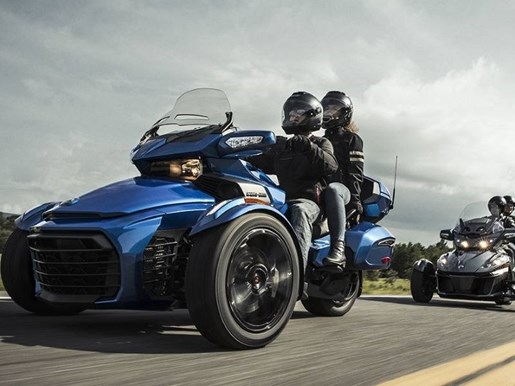 2018 Can-Am Spyder® F3 Limited Chrome Photo 3 of 3