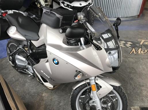 2010 BMW BMW F 800ST Photo 2 of 8