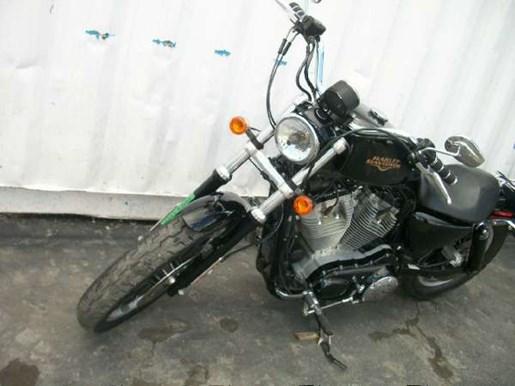 2009 Harley-Davidson Sportster 883 Low Photo 23 of 28
