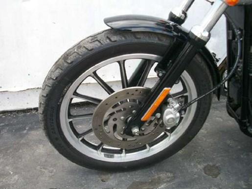 2009 Harley-Davidson Sportster 883 Low Photo 27 of 28