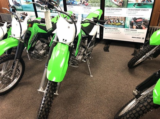 2018 Kawasaki KLX140G Photo 2 of 11