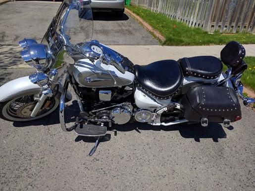 2004 Yamaha Roadstar Silverado Photo 1 of 7