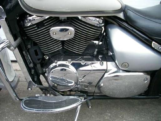 2004 Suzuki Intruder Volusia 800 (VL800) Photo 9 of 12