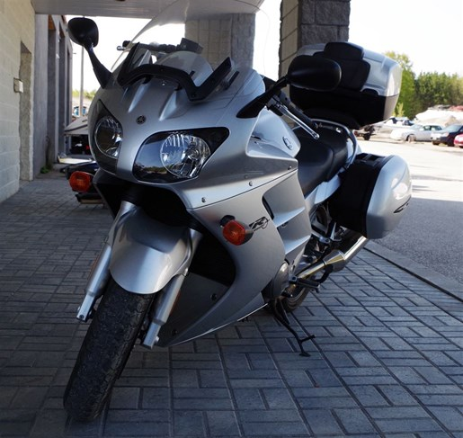 2003 Yamaha FJR1300 Photo 2 of 5