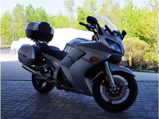 2003 Yamaha FJR1300 Photo 3 of 5