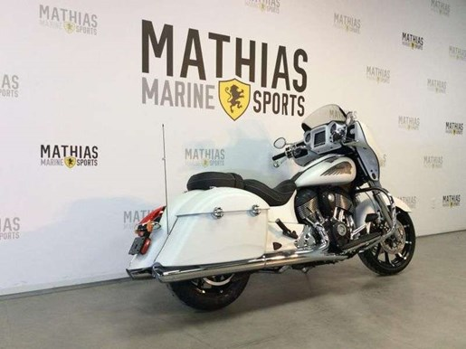 2018 Indian CHIEFTAIN LIMITED / 88$/sem Photo 2 of 13