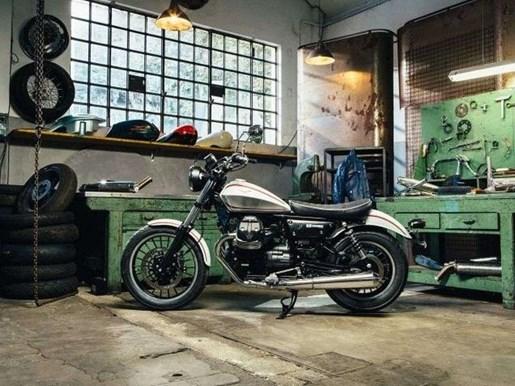 2017 Moto-guzzi V9 ROAMER ABS / 28$/sem Photo 4 of 18