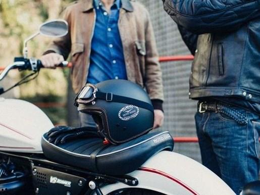 2017 Moto-guzzi V9 ROAMER ABS / 25$/sem Photo 6 of 18
