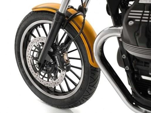 2017 Moto-guzzi V9 ROAMER ABS / 25$/sem Photo 12 of 18
