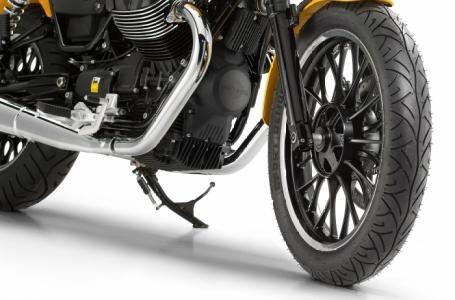2017 Moto Guzzi V9 Roamer Photo 6 of 8